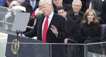 """Hoy se transfiere el poder """"de Washington al pueblo"""", dijo Trump"""