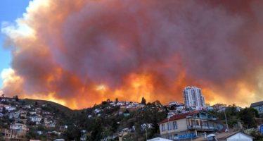 Incendio en Valparaíso, Chile, destruye al menos 50 viviendas