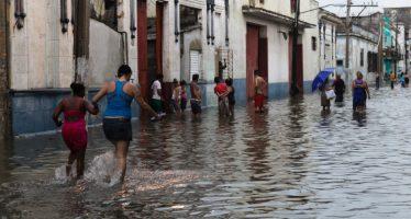 Malecón, el Vedado y Miramar, en La Habana, afectados por inundaciones costeras