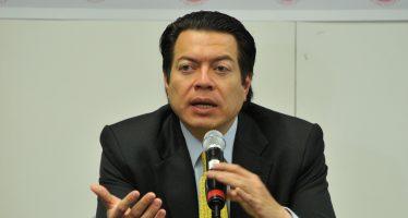 Senador del PRD pide periodo extraordinario para frenar el gasolinazo