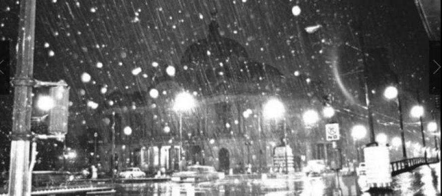 Hace 50 años nevó en la hoy Ciudad de México; los niños jugaron con bolas de nieve