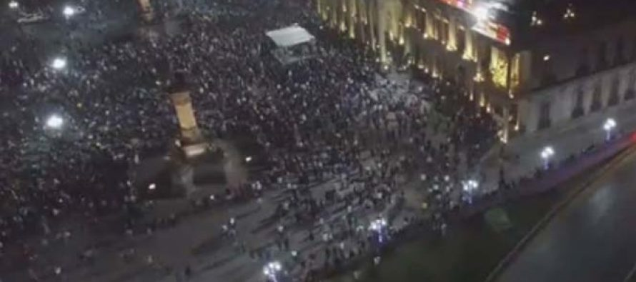 Protesta contra gasolinazo en Monterrey es reventada por encapuchados