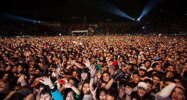 Bronco y la Sonora Santanera estarán en el Vive Latino