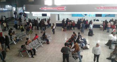 Autobuses suspenden corridas Toluca-CDMX por cierres carreteros por gasolinazo