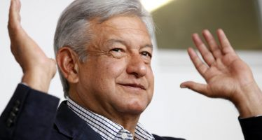 López Obrador cierra gira por Chiapas; alista debate