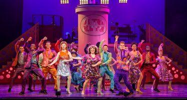 Inicia temporada en el Teatro San Jerónimo el musical 'Hair spray'