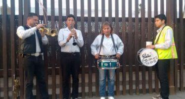 La música de Los Pelones: pedacitos de alegría y melancolía para los que cruzan la frontera