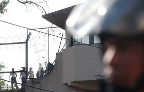 Internos se amotinan en tutelar de San Fernando; golpean a dos custodios