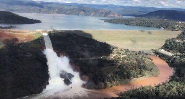 Continúan medidas de emergencia ante el peligro de la represa Oroville, en California