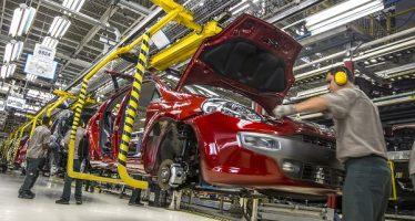 En enero producción automotriz aumentó, pero exportación disminuyó, dice la AMIA