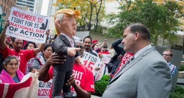 Trump acusa que Obama está detrás de protestas y filtraciones telefónicas en su contra