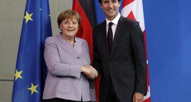 Aumento de gasto militar a socios de la OTAN no es el único compromiso: Merkel y Trudeau