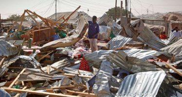 Hay 35 muertos por ataque con coche bomba en mercado de Mogadiscio, Somalia