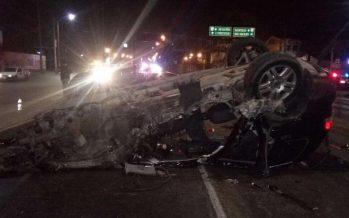 Chocan en su camioneta cuatro árbitros mexicanos; uno está en coma