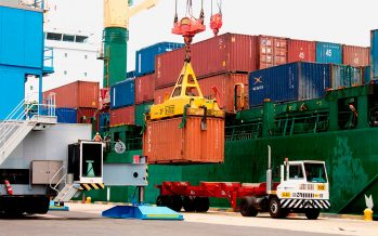 EU alcanza el déficit comercial más alto desde 2012