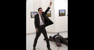 Foto del asesino del embajador ruso en Ankara gana el World Press Photo
