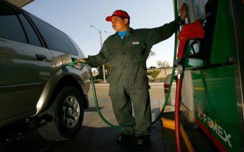 Reducen 30% precio de la gasolina en Ciudad Juárez; gobierno dejó de percibir 50 mdp