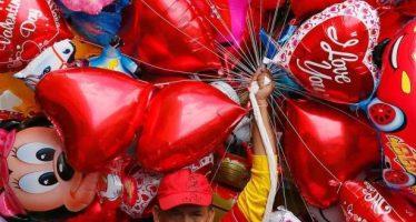 Siempre sí, podrán ingresar usuarios del Metro con globos metálicos este 14 de febrero