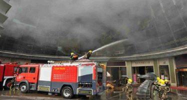 Se incendia hotel en Nanchang, en China, dejando saldo de 10 muertos