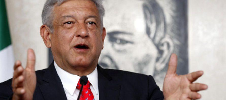 Senadores del grupo de Barbosa se reunieron con AMLO; se especula si dejarán el PRD
