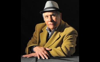Oootra muerta de Juárez </span></p> Ambrosio engrasa la carabina </span></p> EL LECHO DE PROCUSTO Por: Abraham García Ibarra