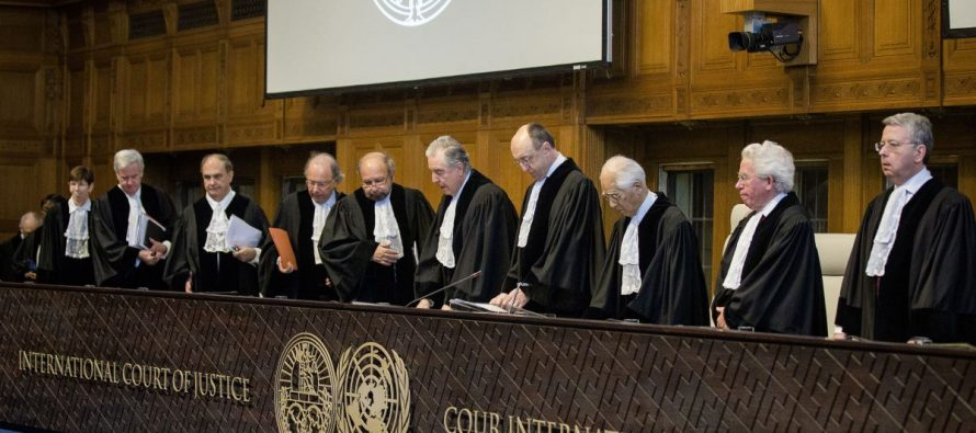Preparan senadores y abogados demanda contra gobierno de EU ante tribunales internacionales