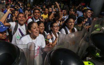Oposición en Venezuela llama a la 'rebeldía' contra Maduro