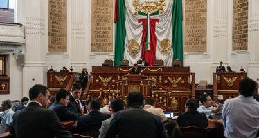 Frente civil presenta amparos contra Constitución de la CDMX