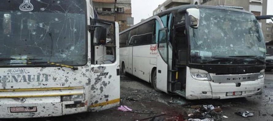 Atentado con bombas hacia autobuses deja al menos 44 muertos, en Siria