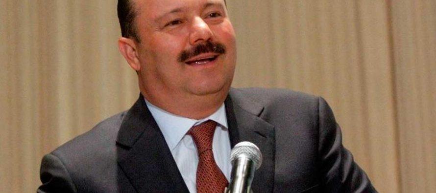Juez emite orden de aprehensión contra ex gobernador de Chihuahua César Duarte
