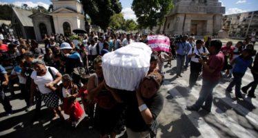 Destituyen a funcionarios de Guatemala por caso de albergue incendiado