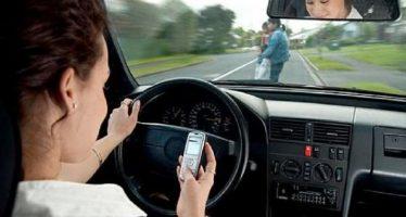 Ablandarán iniciativa que encarcela a quien cause accidente de tránsito por usar celular