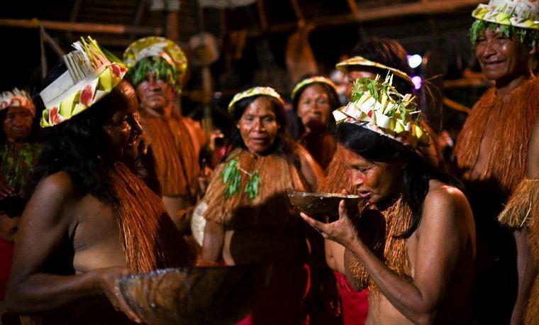 nativos del amazonas