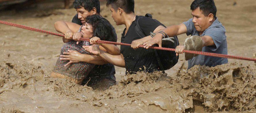 Contabilizan 90 muertos por las inundaciones de El Niño en Perú