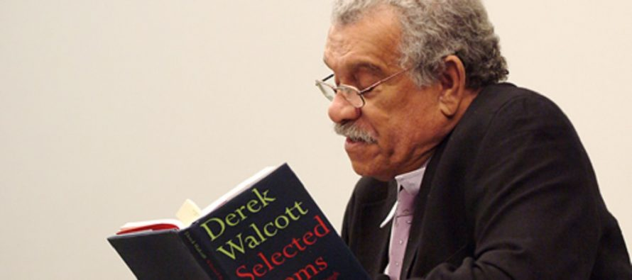Falleció Derek Walcott, poeta y Premio Nobel 1992