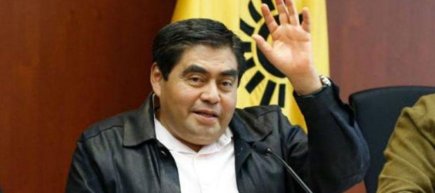 Senador Barbosa renuncia irrevocablemente al PRD