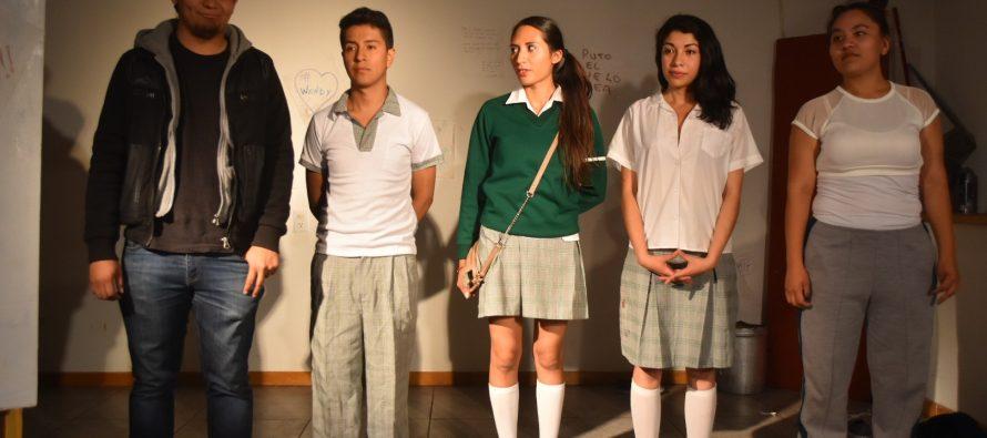 Obra de Teatro: Baños de Secundaria
