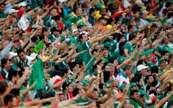 FIFA vuelve a multar a futbol mexicano por gritos discriminatorios