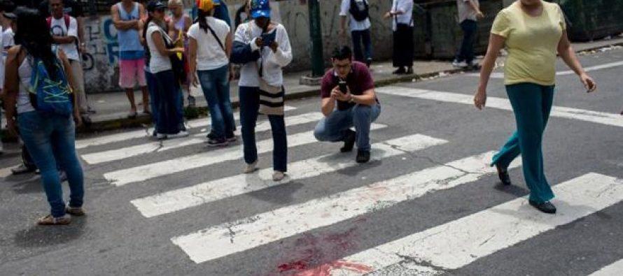 Muere joven baleado en marcha opositora venezolana