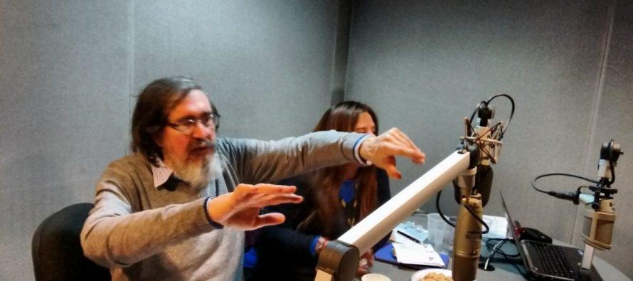 Cancelan programa de Marcelino Perelló en Radio UNAM por comentarios misóginos
