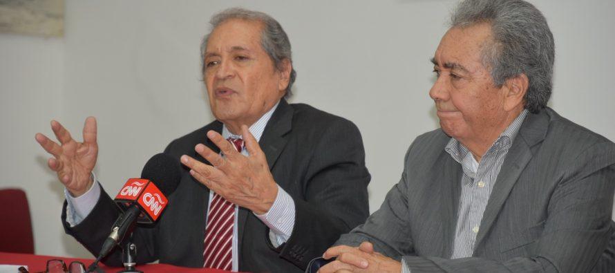 """Abogado del """"Chapo"""" Guzmán en Conferencia de Prensa en el Club de Periodistas de México"""