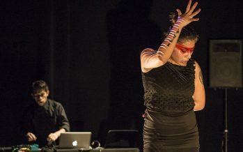 INTERflamenca y  A Triple  fusionan sus estilos para interpretar FLUJO [Nowhere/NowHere] en el Teatro El Granero