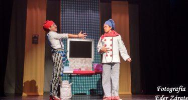 Obra de Teatro: La Guerra de los Pasteles