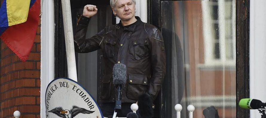 """Fiscalía sueca cierra proceso contra fundador de WikiLeaks; """"la guerra acaba de comenzar"""""""