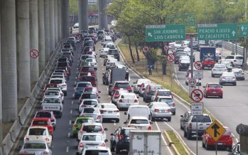 Cruce sur de Periférico e Insurgentes, el cotidiano desastre vial