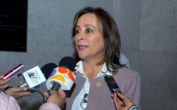 """Eva Cadena señala a Rocío Nahle como """"enlace financiero"""" de AMLO"""