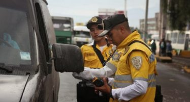 Mancera aclara que su gobierno no ha establecido cuotas para policías de tránsito