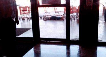 Balacera en centro comercial de Reynosa deja dos delincuentes muertos