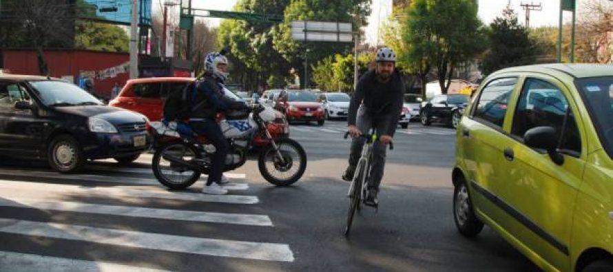 Mueren a diario en la CDMX tres peatones o ciclistas; crean programa para evitarlo