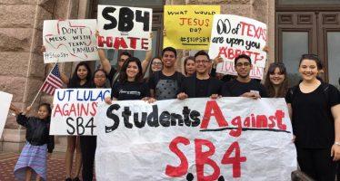 Organizaciones buscan detener ley antiinmigrante de Texas con recurso constitucional
